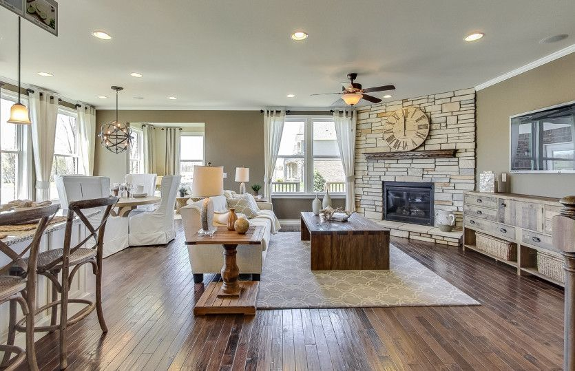 Living Area featured in the Abbeyville By Pulte Homes in Detroit, MI