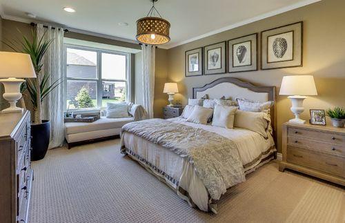 Bedroom-in-Abbeyville-at-Sumerlyn-in-Auburn Hills