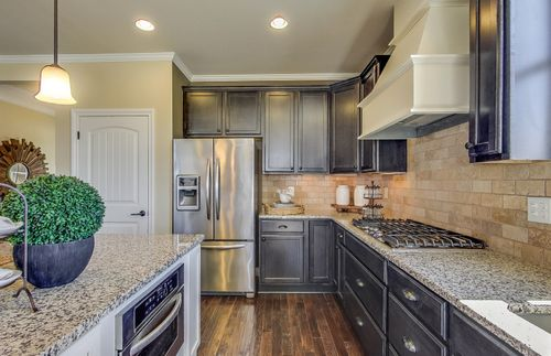 Kitchen-in-Abbeyville Cottage-at-The Cottages at Bald Mountain-in-Lake Orion