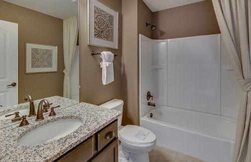 Bathroom-in-Abbeyville with basement-at-Sumerlyn-in-Auburn Hills