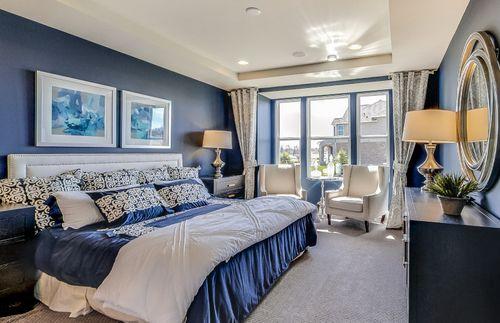 Bedroom-in-Bayport-at-Sumerlyn-in-Auburn Hills