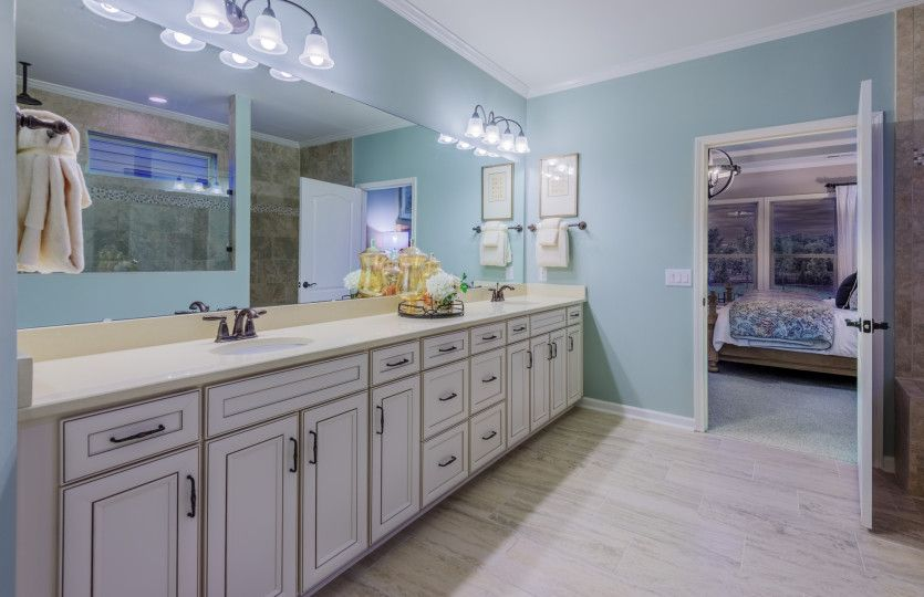 Bathroom-in-Tangerly Oak-at-Amber Meadows-in-Marvin