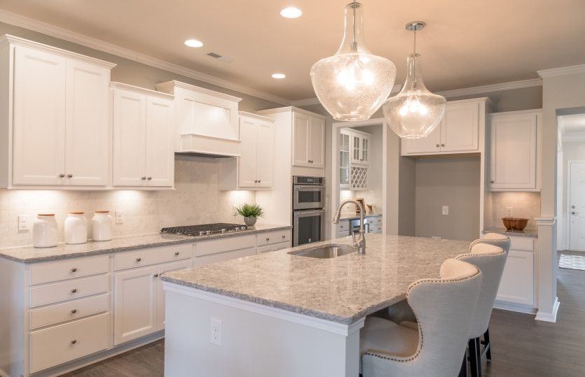 Kitchen-in-Vanderbilt-at-Chapel Cove-in-Charlotte
