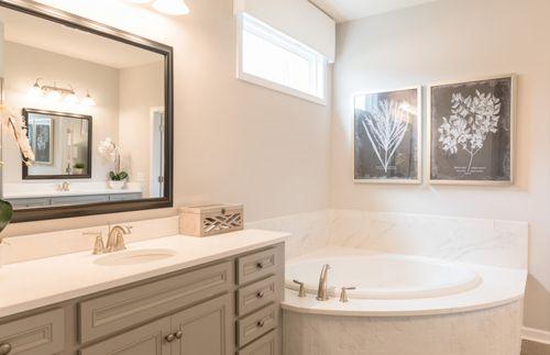 Bathroom-in-Vanderbilt-at-Olmsted-in-Huntersville