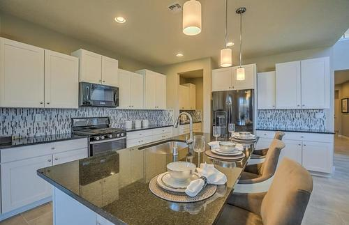 Kitchen-in-Starwood-at-Mirehaven-in-Albuquerque