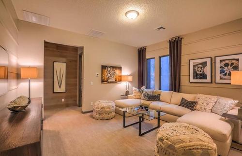 Greatroom-in-Courtside-at-Las Campanas-in-Santa Fe