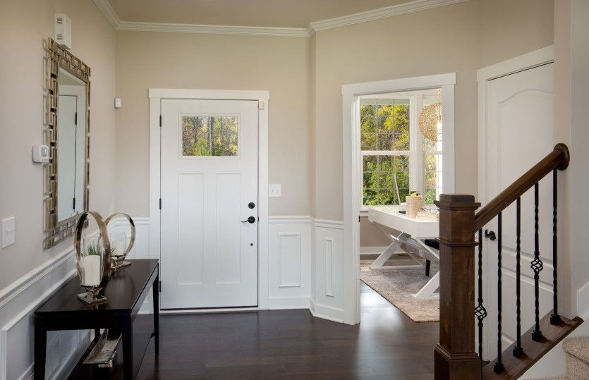 Foyer-in-Newberry-at-Mill Valley North-in-Marysville