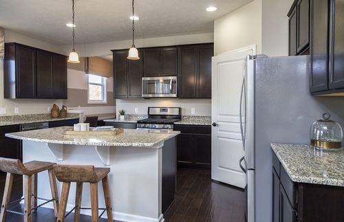 Kitchen-in-Riverton-at-Blue Jaye Farm-in-Twinsburg