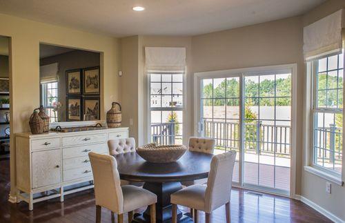 Breakfast-Room-in-Atwater-at-River Oaks-in-Hudson