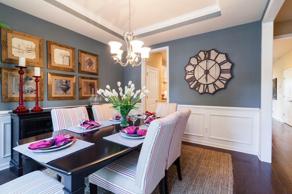 Dining-in-Berkeley-at-The Arbors in St. Johns Woods-in-Johns Island