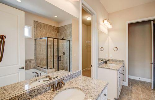 Bathroom-in-Bridgestone-at-BridgeMill-in-Fort Mill