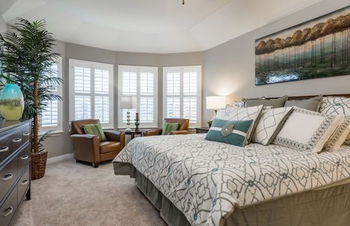 Bedroom-in-Arlington-at-Wildridge-in-Oak Point