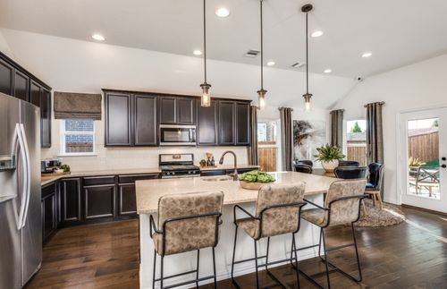 Kitchen-in-McKinney-at-The Homestead at Ownsby Farms-in-Celina