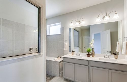Bathroom-in-Sheldon-at-Wildridge-in-Oak Point