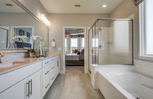 Bathroom-in-Lexington-at-Wildridge-in-Oak Point