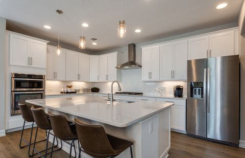 Kitchen-in-Lexington-at-North Creek-in-Melissa