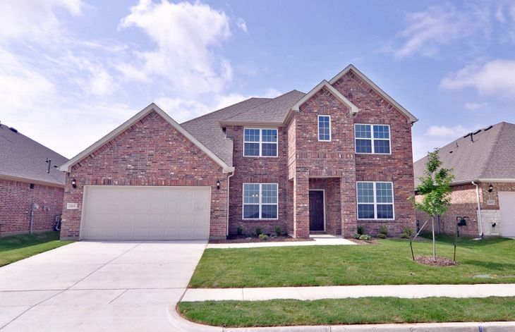 Exterior:Beautiful Lawson floorplan is available for immediate move-in in Winn Ridge