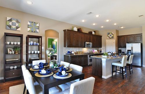 Kitchen-in-Grantham-at-King Crossing-in-Katy