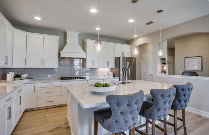 Kitchen-in-Lexington-at-Southglen-in-Boerne