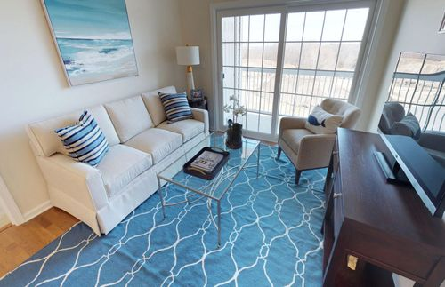 Greatroom-in-Hinsdale-at-Riverside Woods-in-Andover