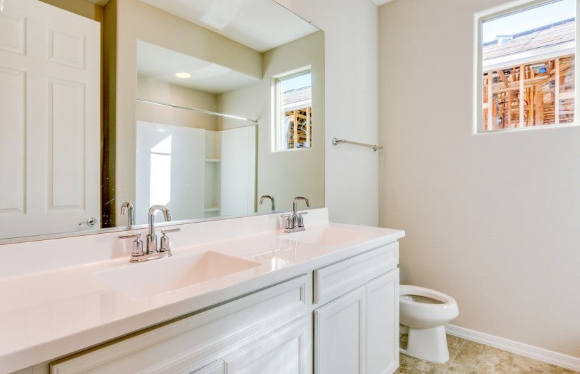 Bathroom featured in the Acerra By Pulte Homes in Tucson, AZ