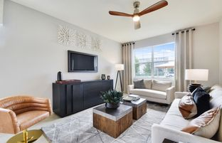 Magnolia Interior - Parkview at Hillcrest: Hollywood, Florida - Pulte Homes