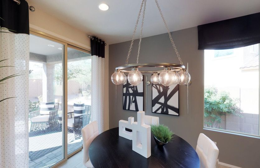 Dining-in-Cosenza-at-Festival Foothills-in-Buckeye