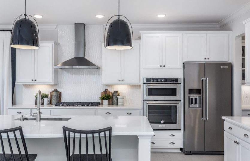 Kitchen-in-Waterstone-at-Woodbury-in-New Hill