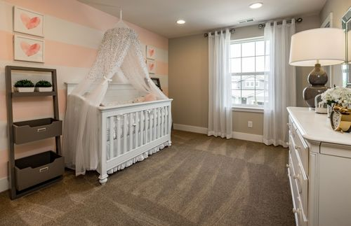 Bedroom-in-Residence I-at-14 Degrees-in-Lynnwood