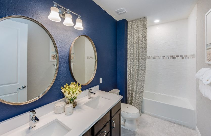 Bathroom-in-Fifth Avenue-at-The Enclaves at Woodmont-in-Tamarac