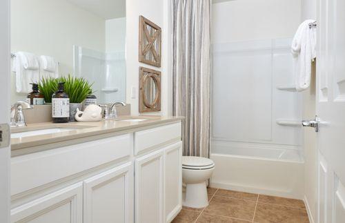 Bathroom-in-Mesilla-at-Davis Ranch-in-San Antonio