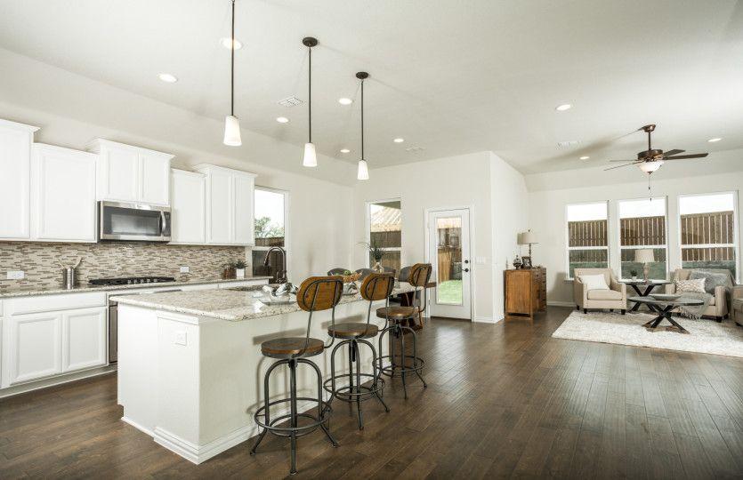 Kitchen-in-McKinney-at-Davis Ranch-in-San Antonio