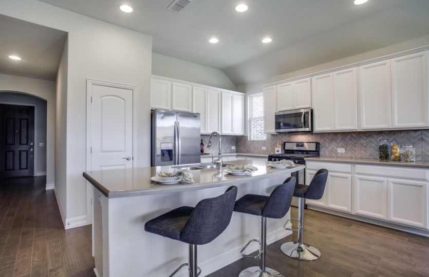 Kitchen-in-Arlington-at-Ridgemont-in-New Braunfels