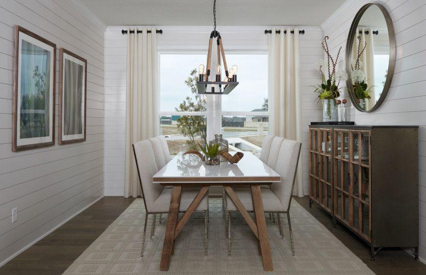 Breakfast-Room-in-Mooreville-at-Ridgemont-in-New Braunfels