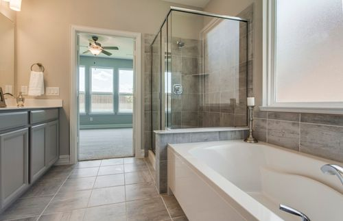Bathroom-in-Dayton-at-Southglen-in-Boerne