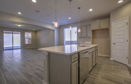 Kitchen-in-Manzanita-at-Mirehaven-in-Albuquerque