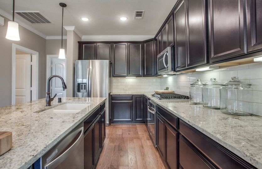 Kitchen featured in the Fallbrook By Pulte Homes in Houston, TX