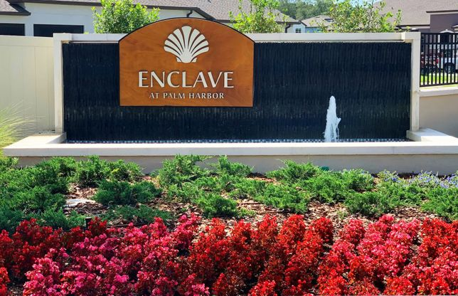 Enclave at Palm Harbor Entry