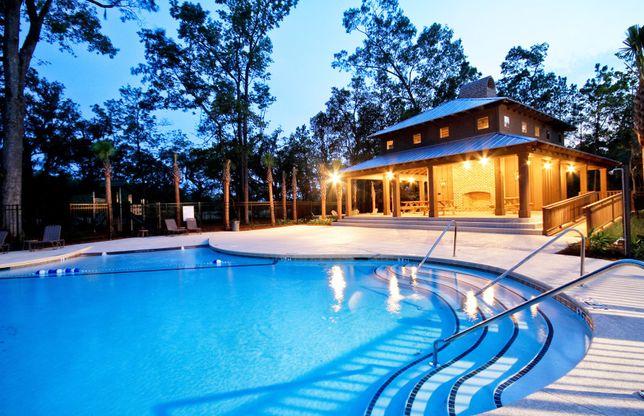 Swimming Pool in Carolina Bay