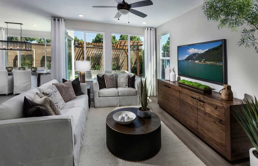 Living Area featured in the Roslyn By Pulte Homes in Stockton-Lodi, CA