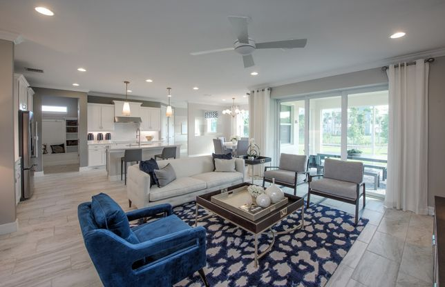 Parkview at Hillcrest in Hollywood, FL :: New Homes by Pulte