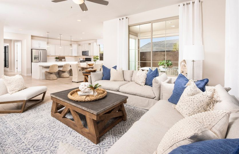 Living Area featured in the Cantania By Pulte Homes in Phoenix-Mesa, AZ