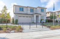 Fairway at Stratford Place by Pulte Homes in Riverside-San Bernardino California