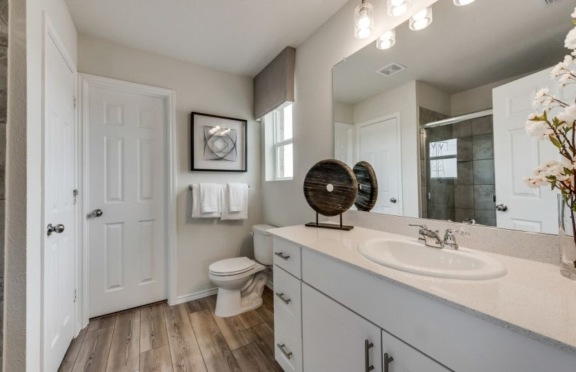 Bathroom featured in the Mesilla By Pulte Homes in Dallas, TX
