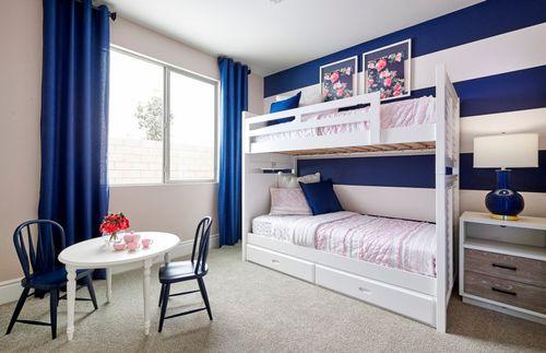Bedroom-in-Gateway-at-Belrose-in-Fontana