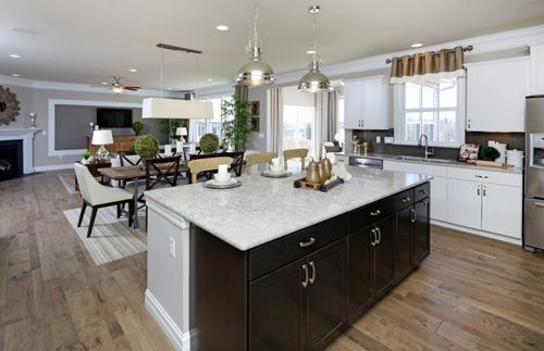 Kitchen-in-Westchester-at-Newell Creek-in-Mentor