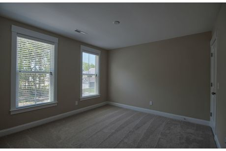 Empty-in-Hawthorn-at-The Arbors in St. Johns Woods-in-Johns Island