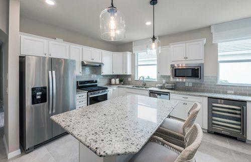 Kitchen-in-Cressida-at-Waterset-in-Apollo Beach