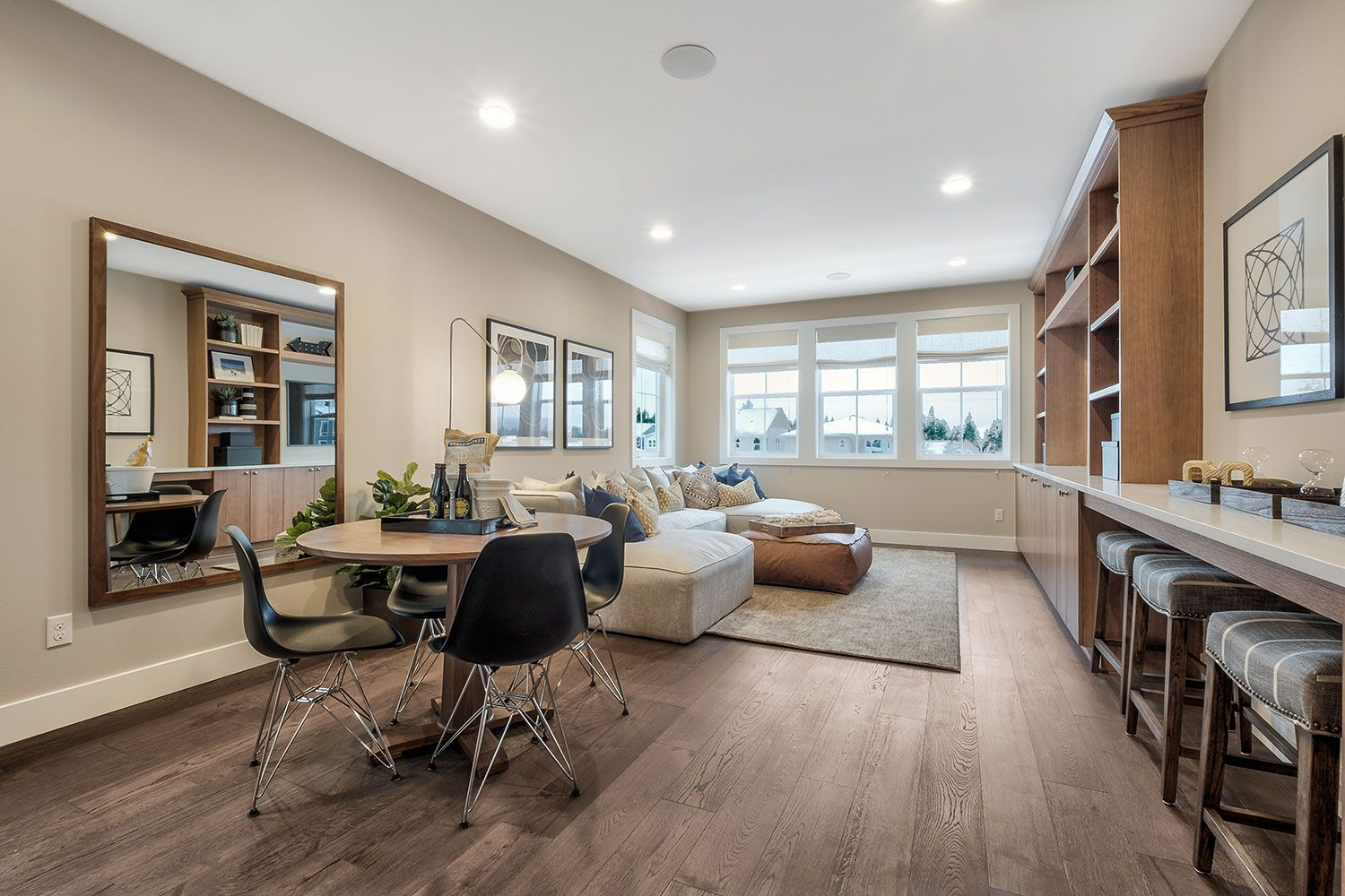 Living Area featured in the Residence O-300 By Quadrant Homes in Seattle-Bellevue, WA
