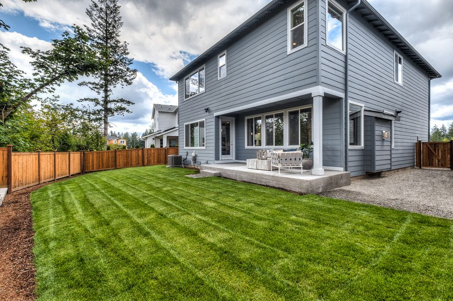 Exterior featured in the Residence P-260 By Quadrant Homes in Seattle-Bellevue, WA